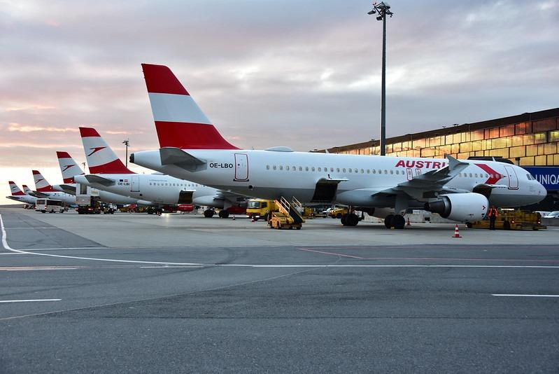 austrian suspenda zborurile pana pe 19 aprilie
