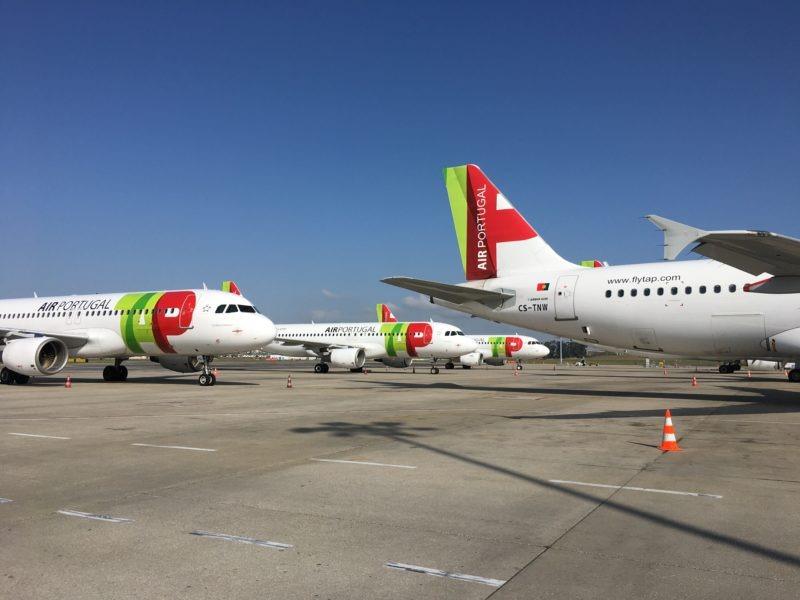 avioane-parcate-la-sol